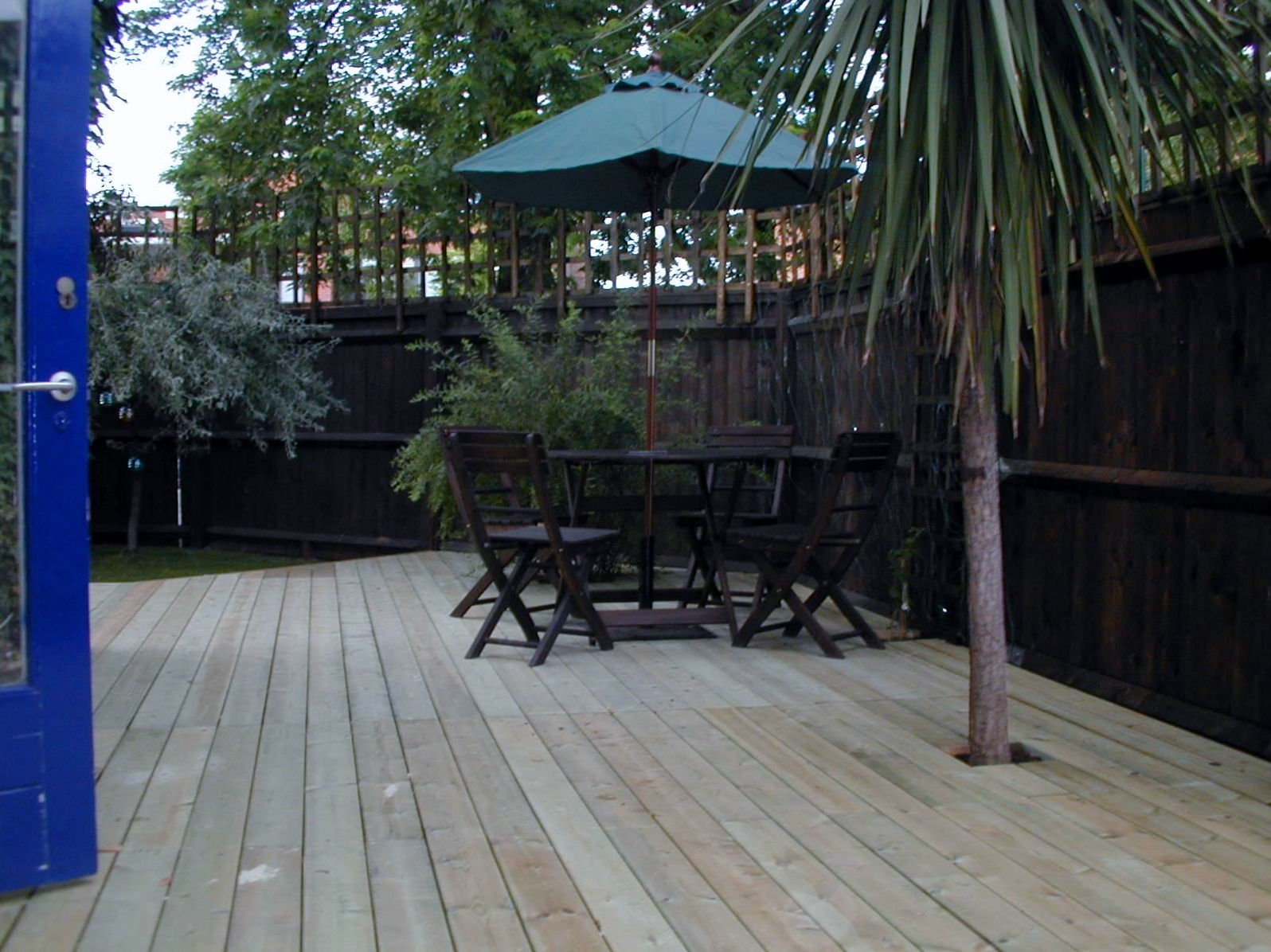london decking deck builders installers hardwood softwood garden design (42)