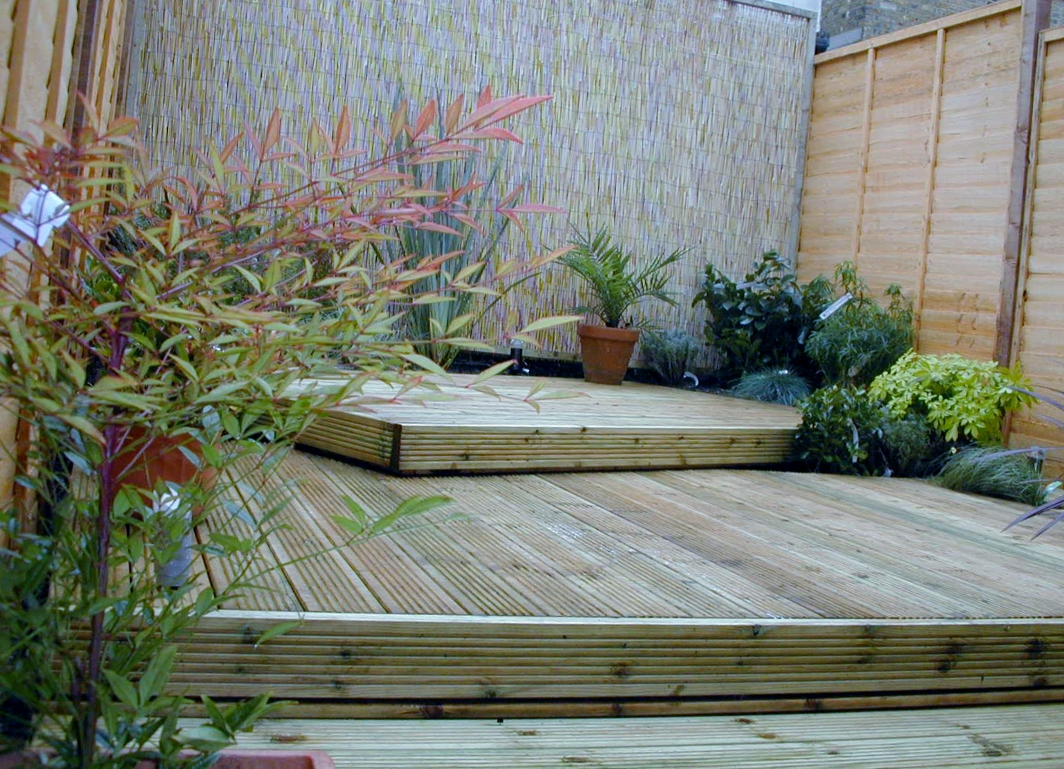 london decking deck builders installers hardwood softwood garden design (47)