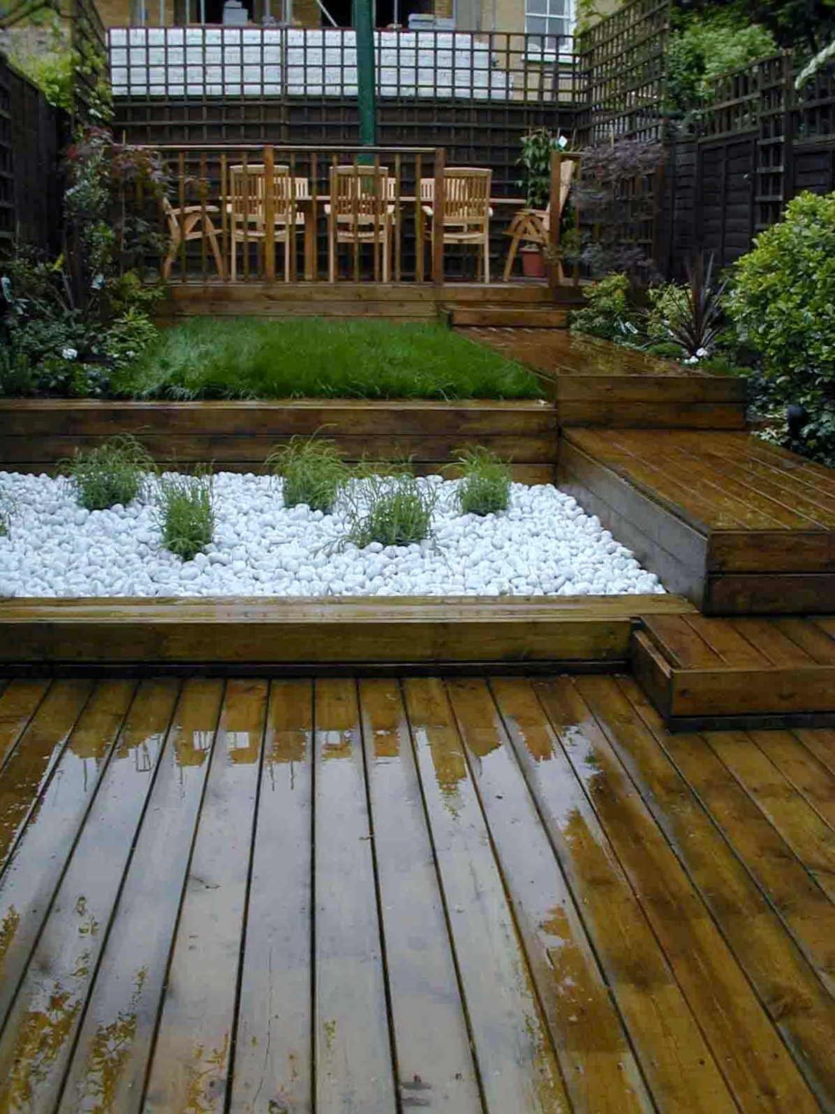 london decking deck builders installers hardwood softwood garden design (52)