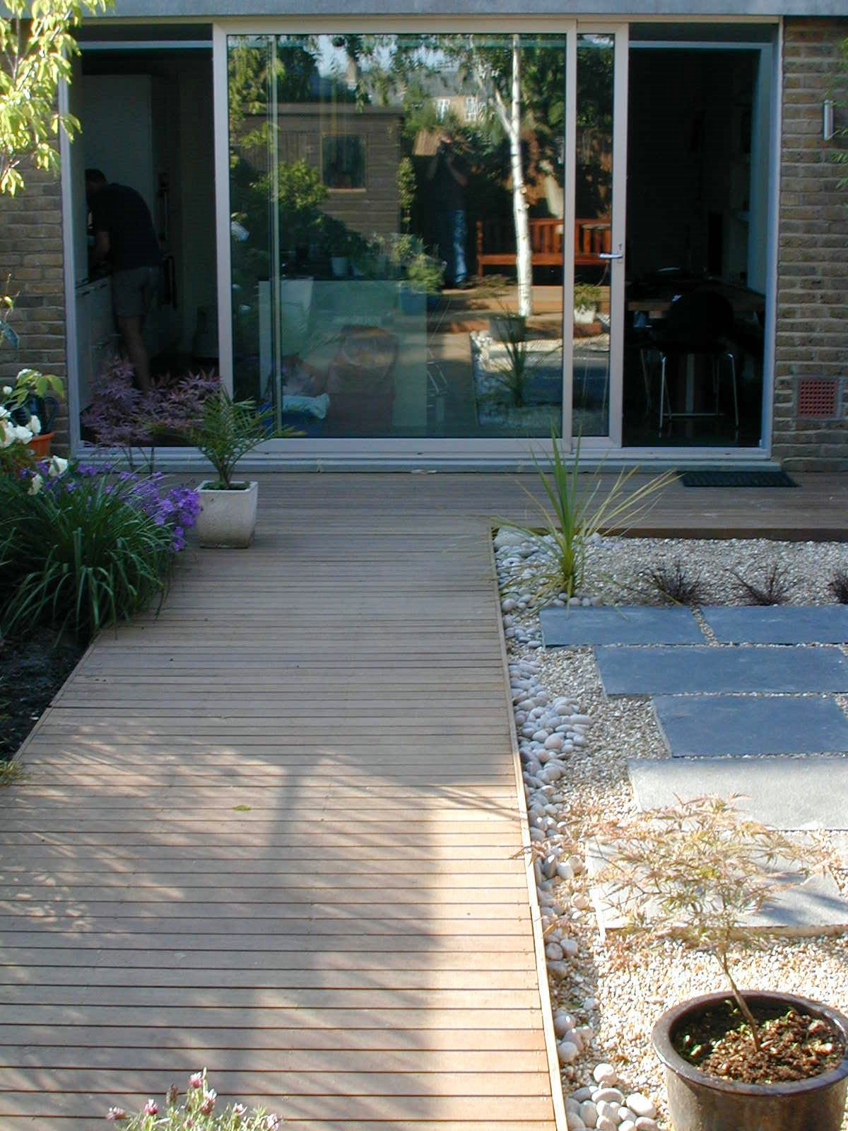 london decking deck builders installers hardwood softwood garden design (59)