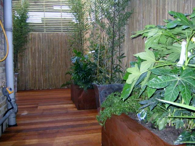 london decking deck builders installers hardwood softwood garden design (63)