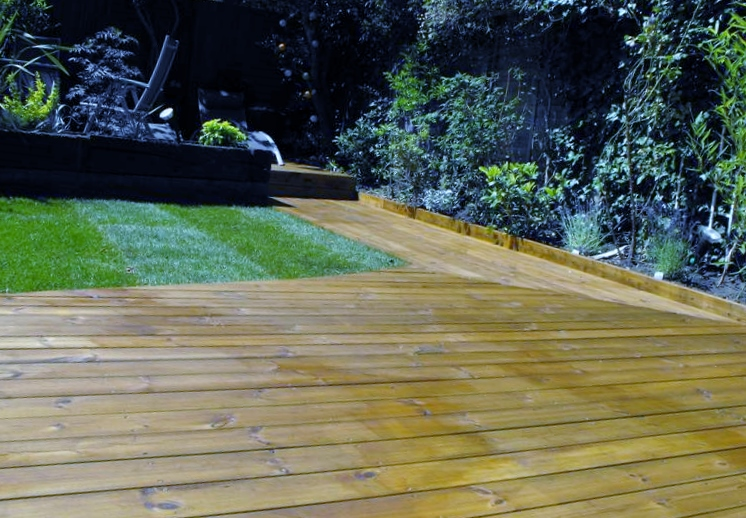 london decking deck builders installers hardwood softwood garden design (67)