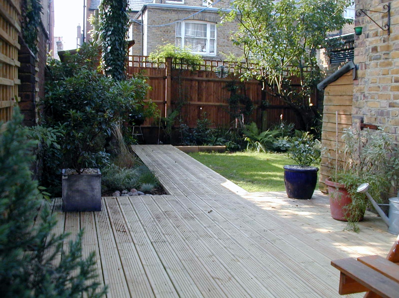 london decking deck builders installers hardwood softwood garden design (68)