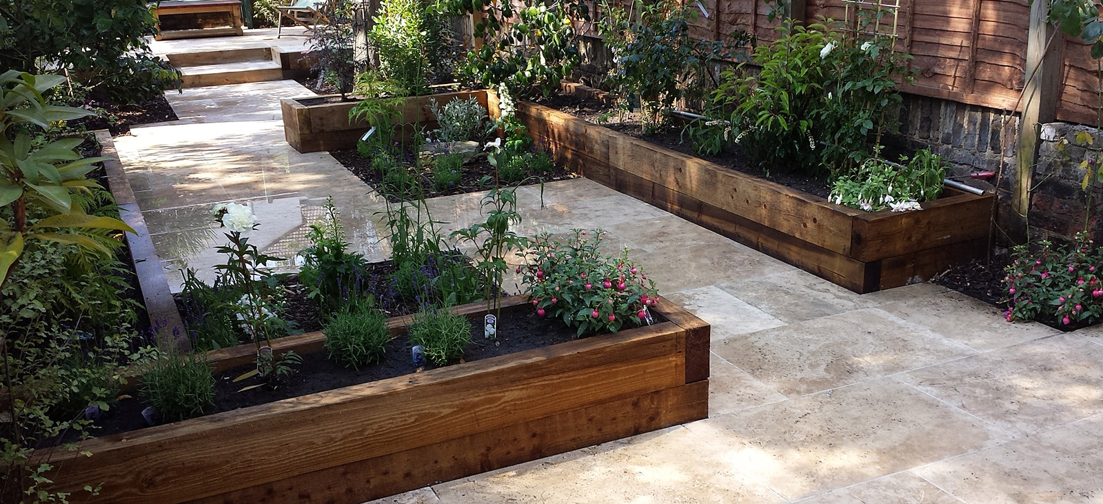 travertine paving patio garden wandsworth london raised beds modern contemporary design low maintenance (6)