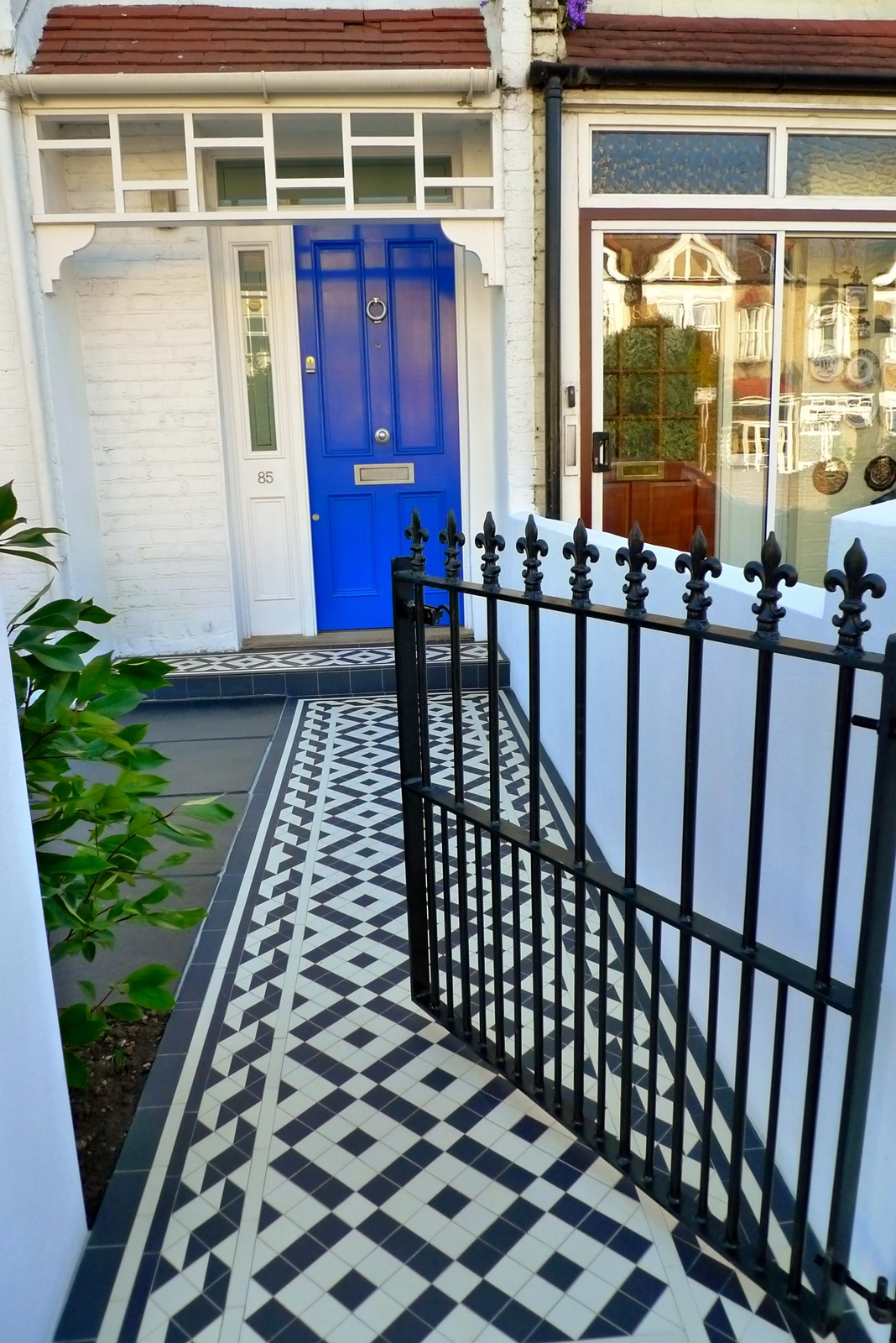 victorian front garden company mosaic rail metal gate black paving wrought iron gate metal rail wimbledon rayners park london  (13)