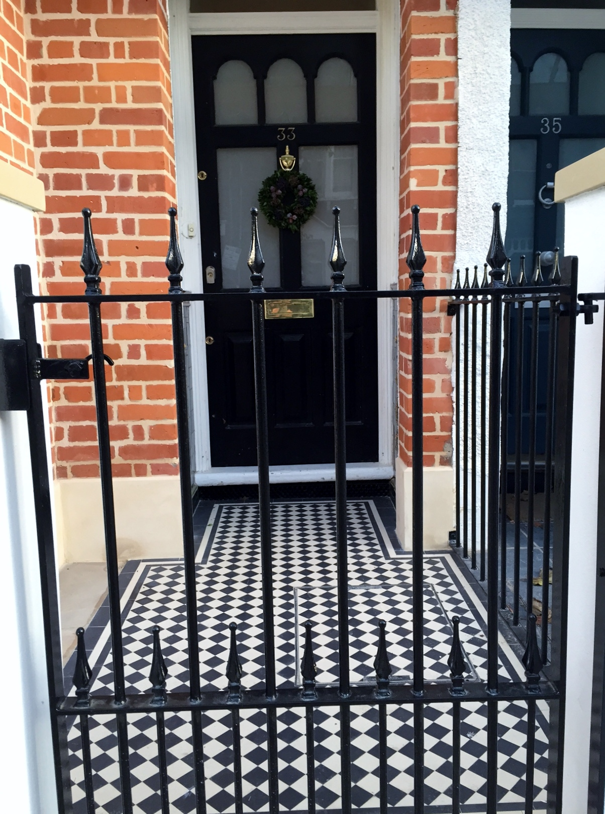 Balham Victorian Mosaic Tile Path Rendered Wall Yorkstone Pier And Coping Caps Metal Gate And Rail Clapham Dulwich London (14)