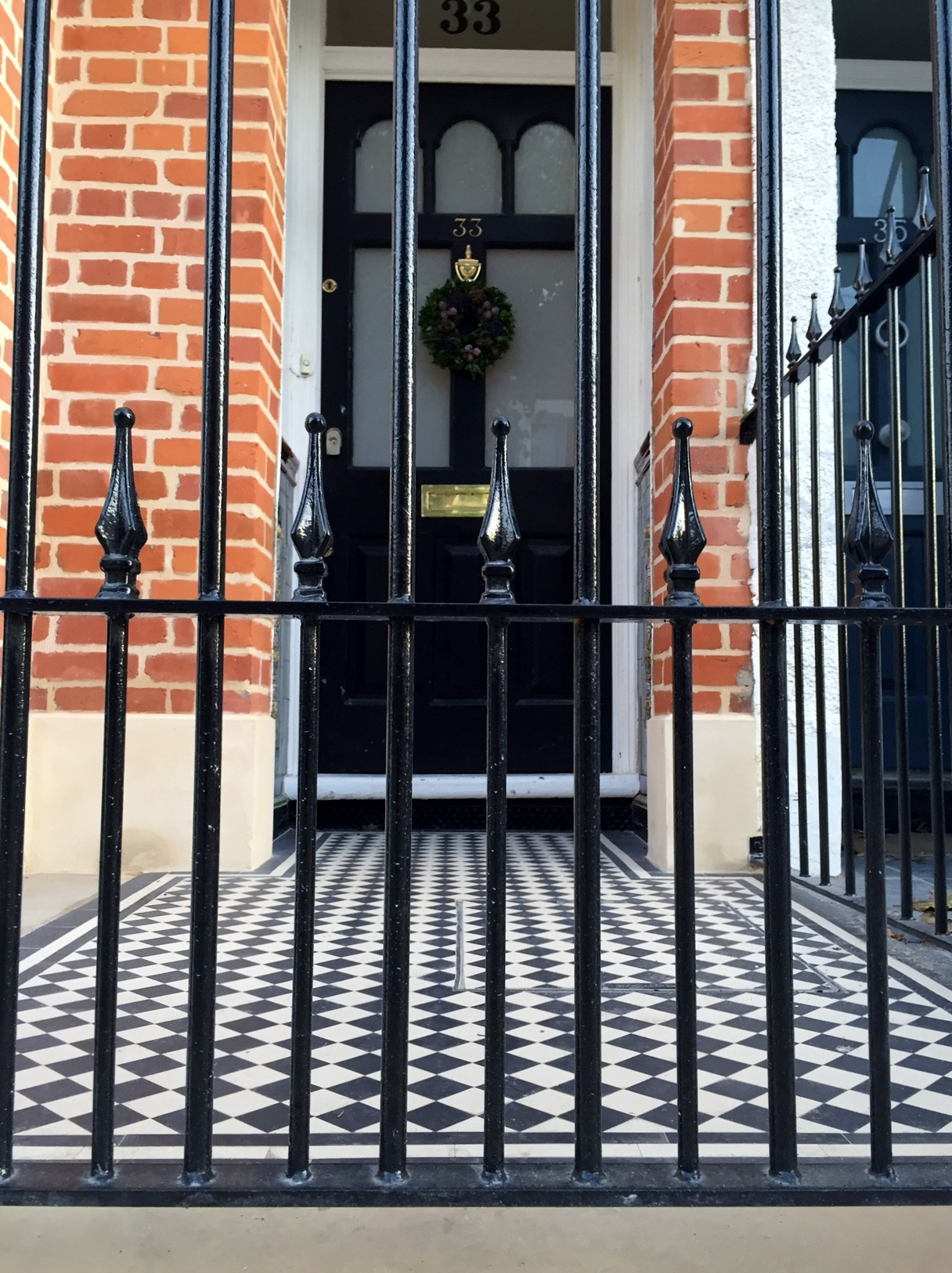 Balham Victorian Mosaic Tile Path Rendered Wall Yorkstone Pier And Coping Caps Metal Gate And Rail Clapham Dulwich London (15)