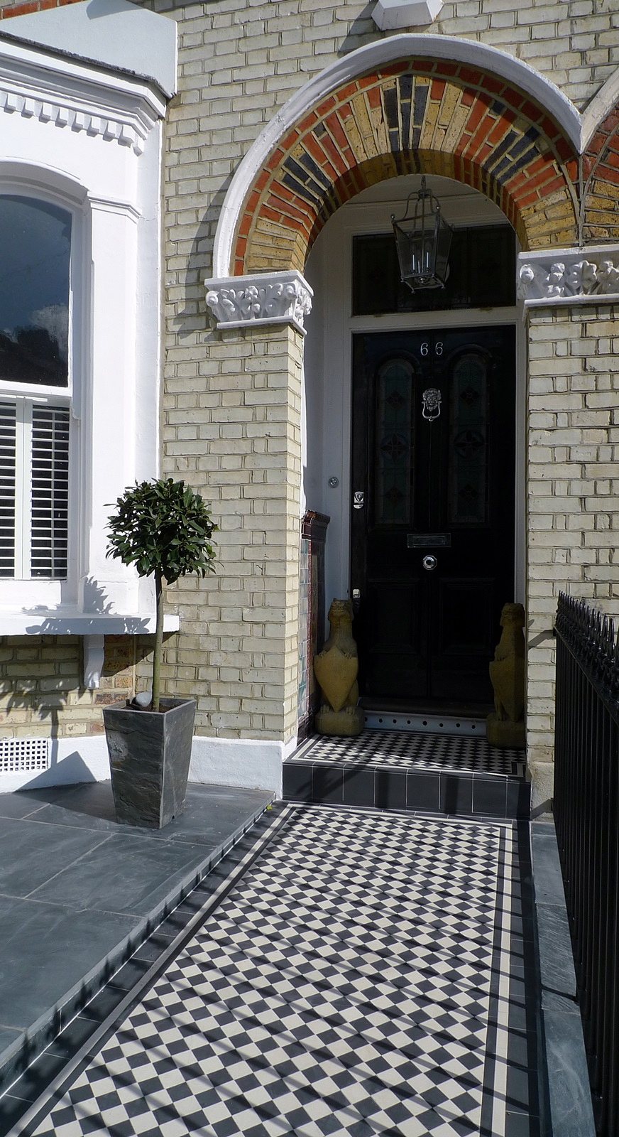 Front garden wall rail gate Victorian mosaic slate paving bespoke bin store York stone caps Balham Clapham Dulwich Tooting London (10)