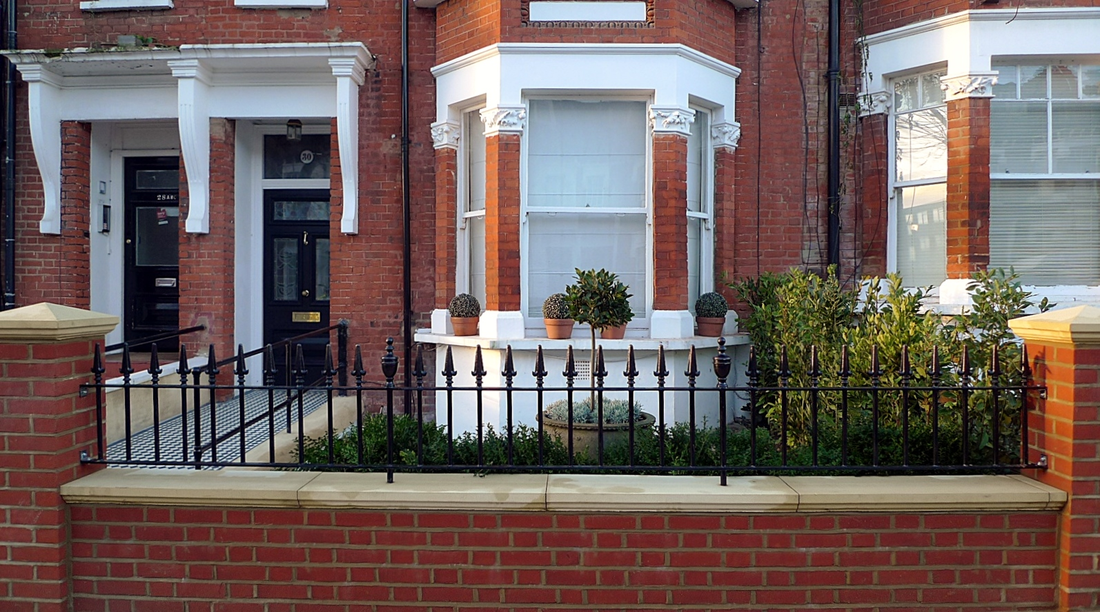 London Red Brick Wall Stone Caps Imperial Rail Victorian Mosaic Path Buxus Planting Hampstead West London (14)