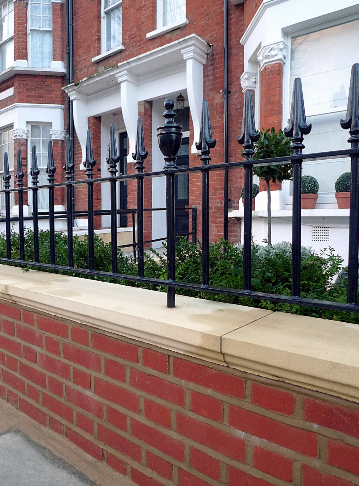 London Red Brick Wall Stone Caps Imperial Rail Victorian Mosaic Path Buxus Planting Hampstead West London (5)
