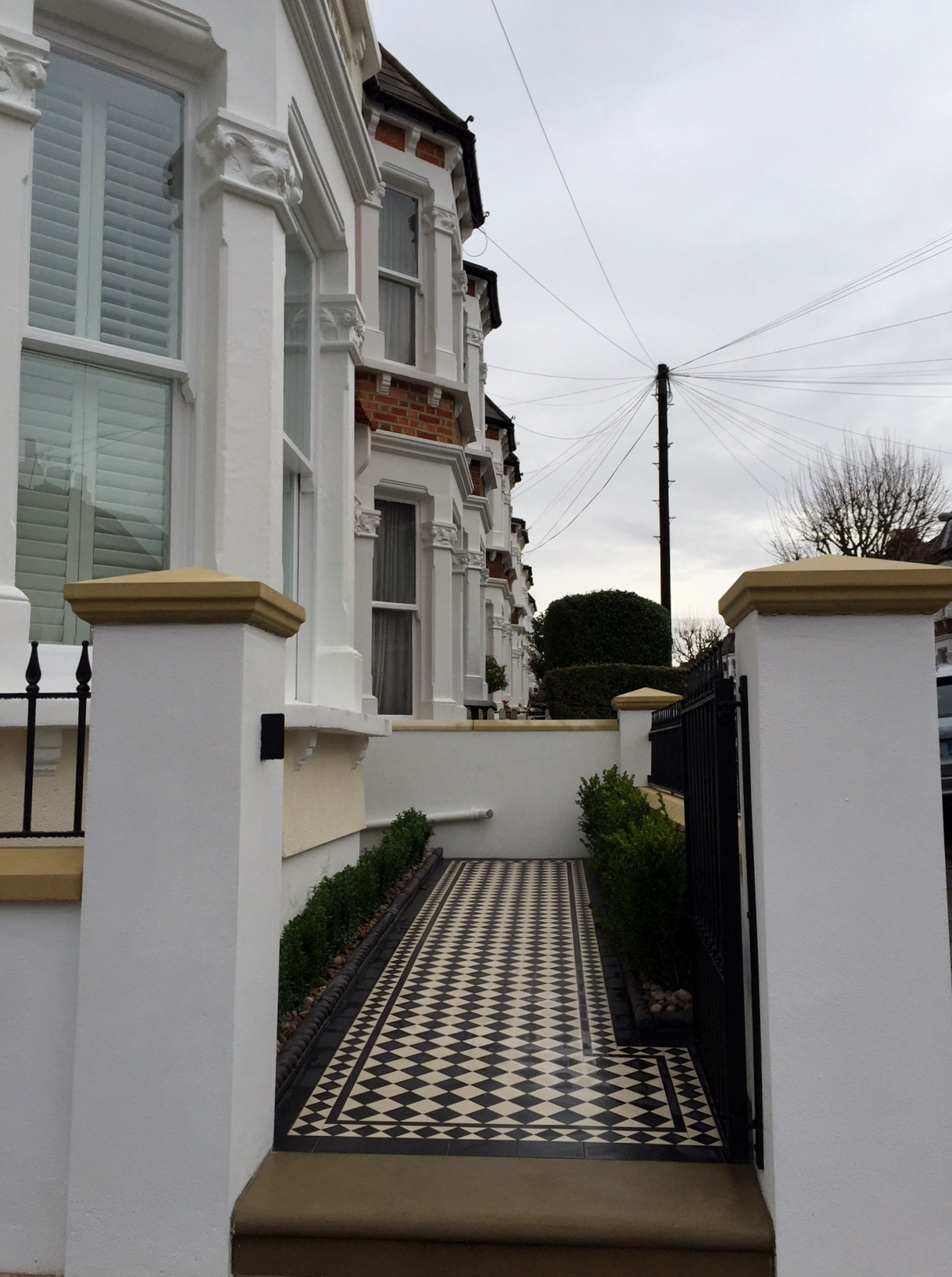 victorian black and white mosaic tile path wall rail gate caps coping balham dulwich battersea clapham  london (11)