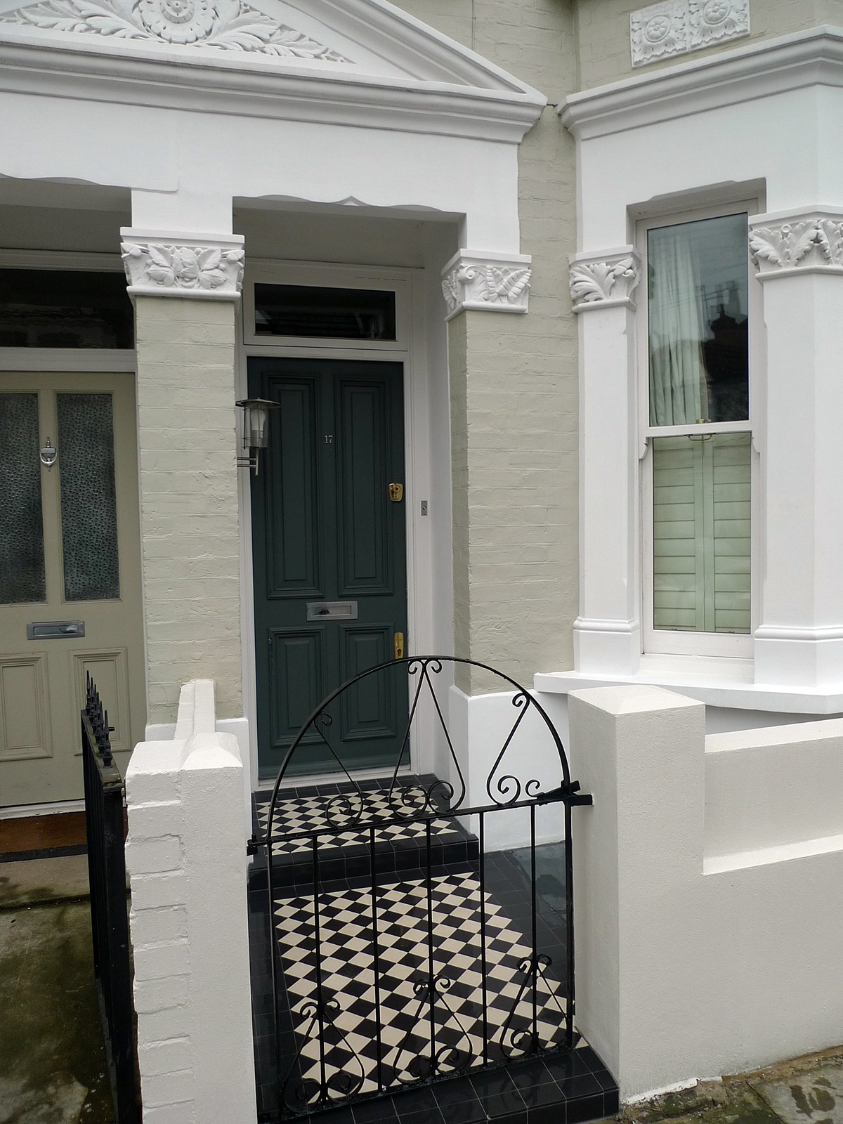 front garden wall mosaic tile path slate paving rendered and painted walls chelsea and fulham london