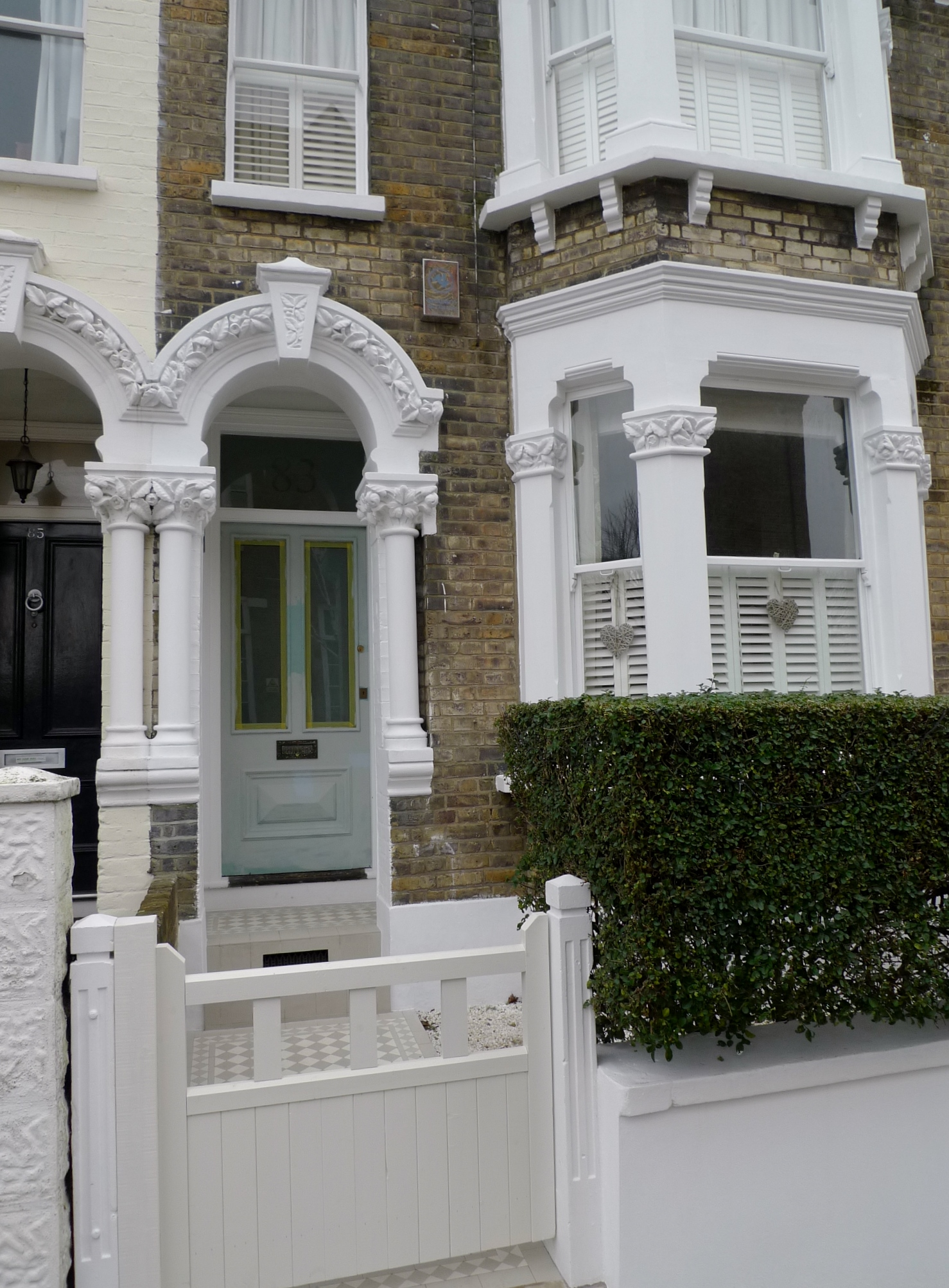 victroian front garden design off white colour scheme battersea london
