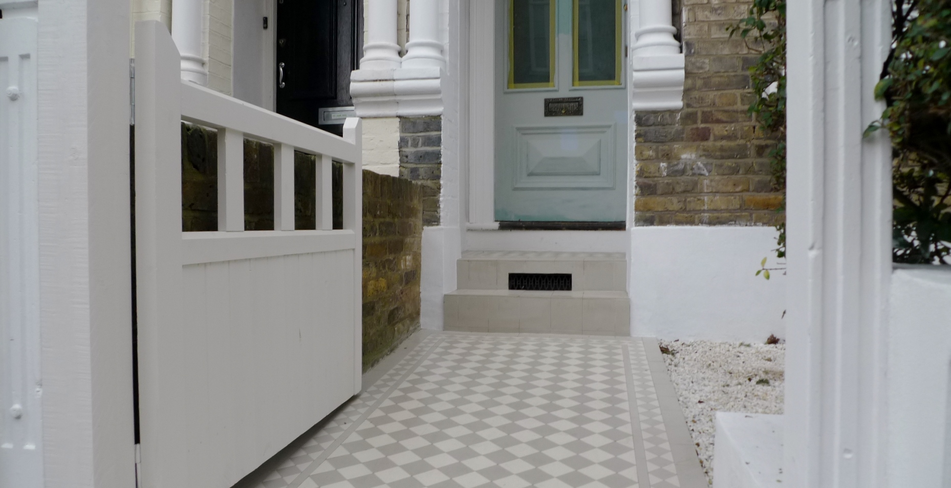 victroian mosaic tile path grey and white design battersea london