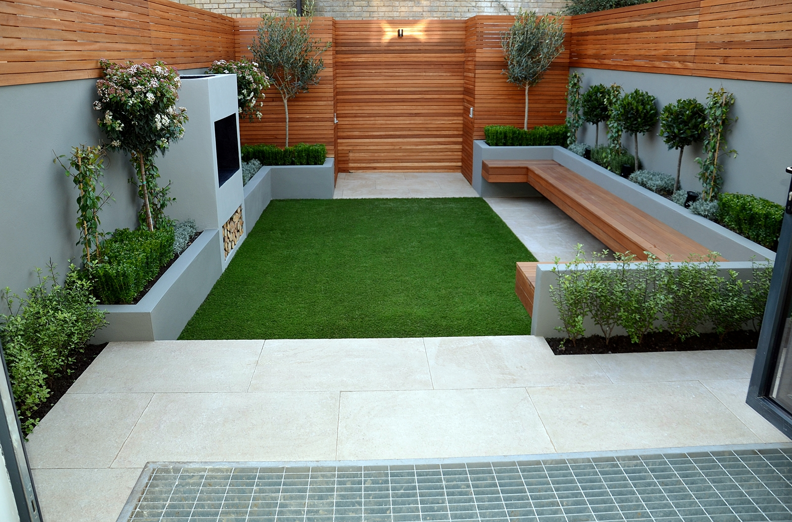 Contemporary modern small garden designer anewgarden Modern backyards