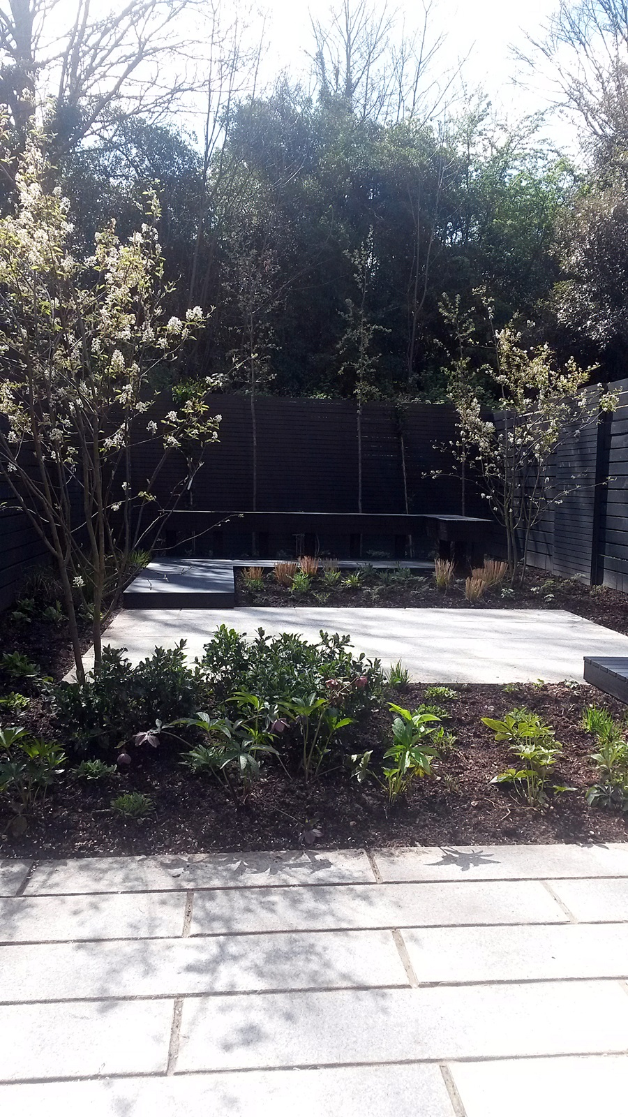 black and grey modern garden design dulwich balham clapham battersea chelsea fulham london