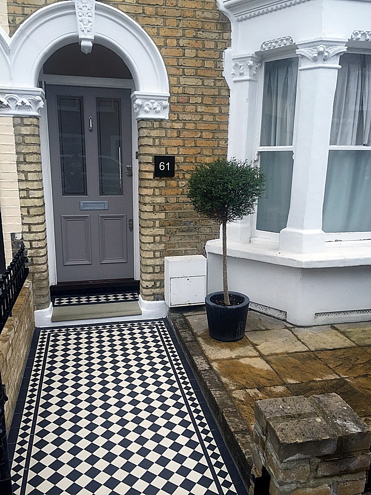 front garden victroian mosaic tile garden path in black and white dulwich peckham greenwich london