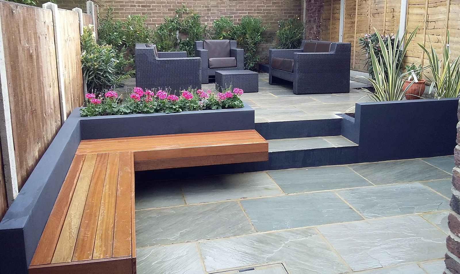 modern garden design london clapham battersea dulwich paving raised beds grey and black london