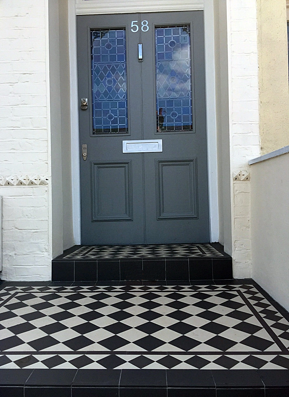 grey and white victroian mosaic tile path front garden company wandsworth earlsfield putney fulham chelsea london