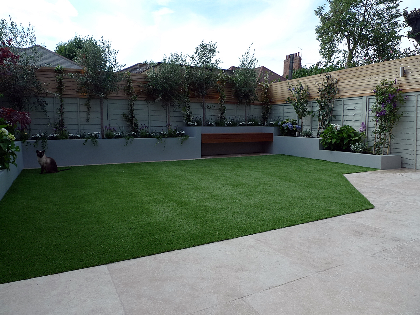 small garden design and  designer contemporary modern low maintenance dulwich clapham fulham chelsea battersea balham london