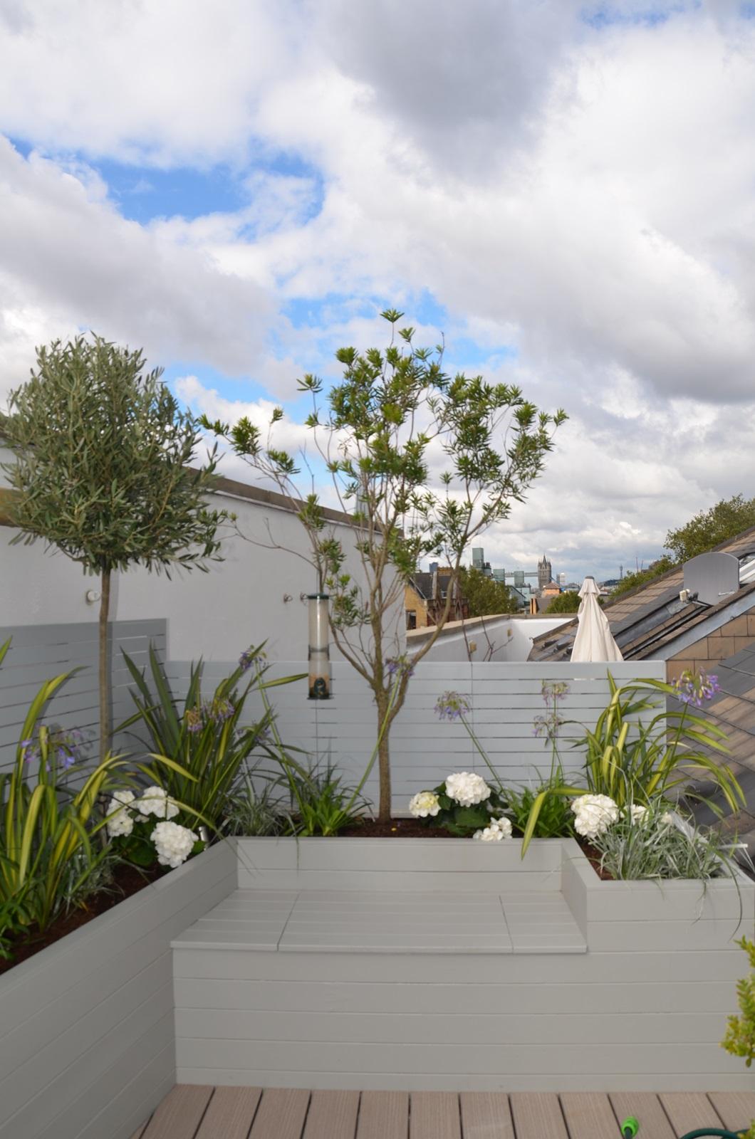 modern roof terrace and garden design tower bridge docklands designer