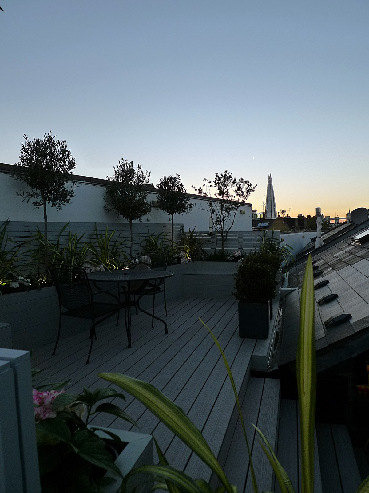 composite decking grey modern garden design and roof terrace fulham chelsea battersea tower bridge docklands london