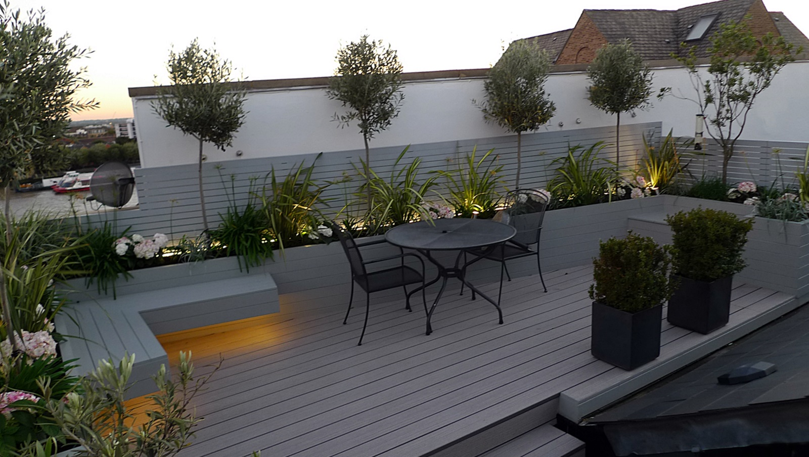 Roof terrace modern garden design london garden blog for Terrace layout