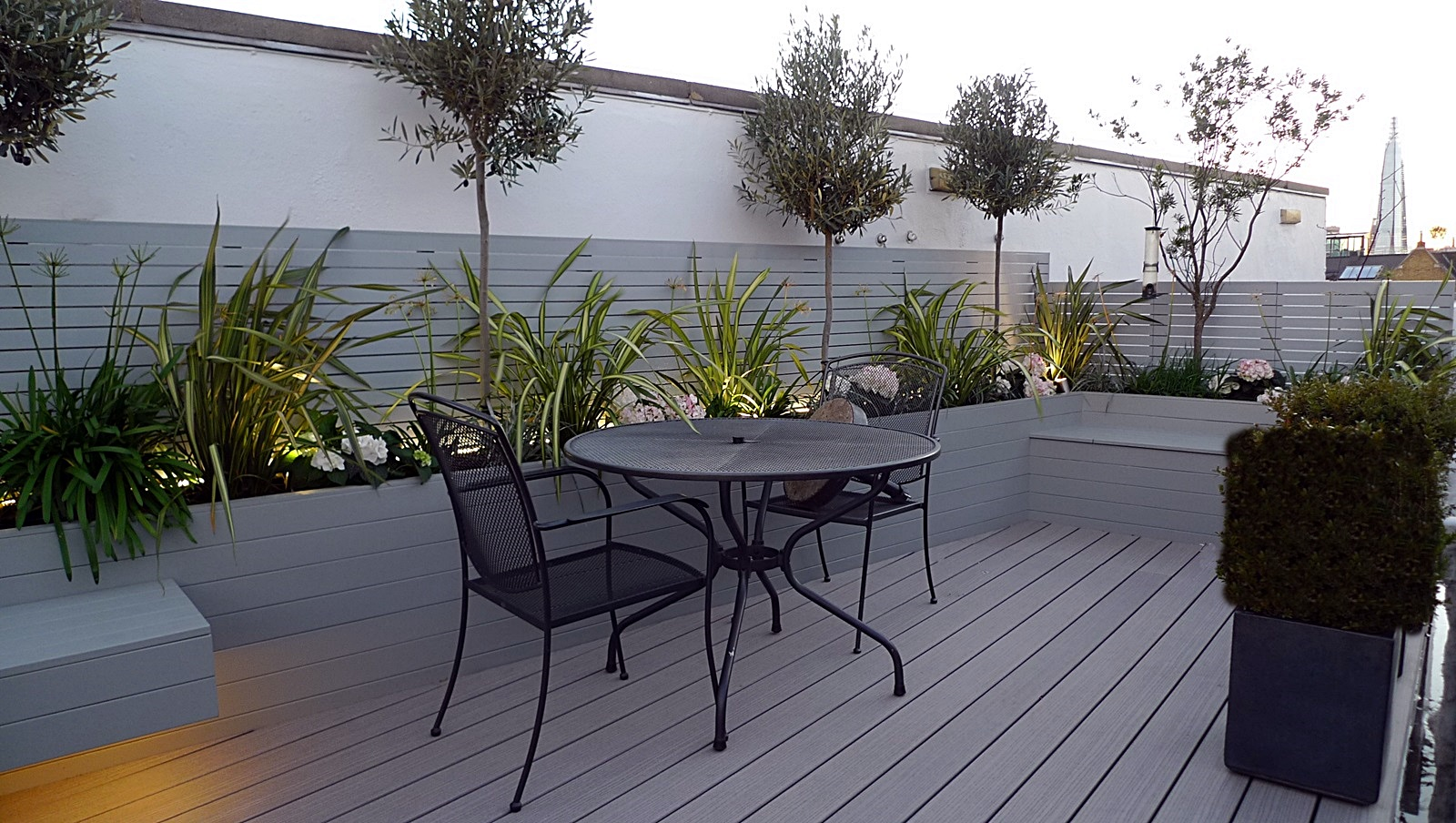 roof deck garden design horizontal hardwood trellis screen in grey under bench lighting fulham chelsea docklands tower bridge battersea london