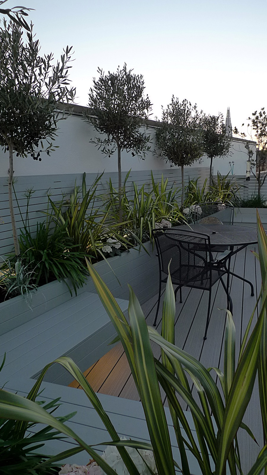 roof terrace garden designer fulham chelsea wandsworth putney tower bridge docklands london