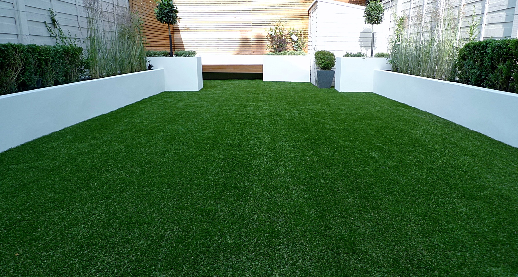 Artificial grass easi planting London Chelsea Fulham