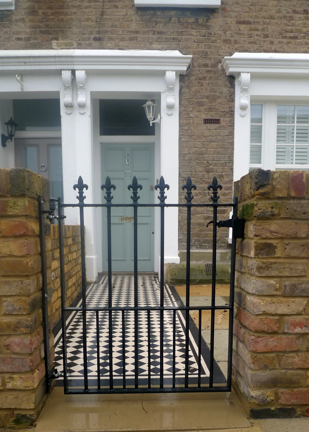 Metal gate York stone paving wrought ornamental stone London Clapham Balham Earsfield