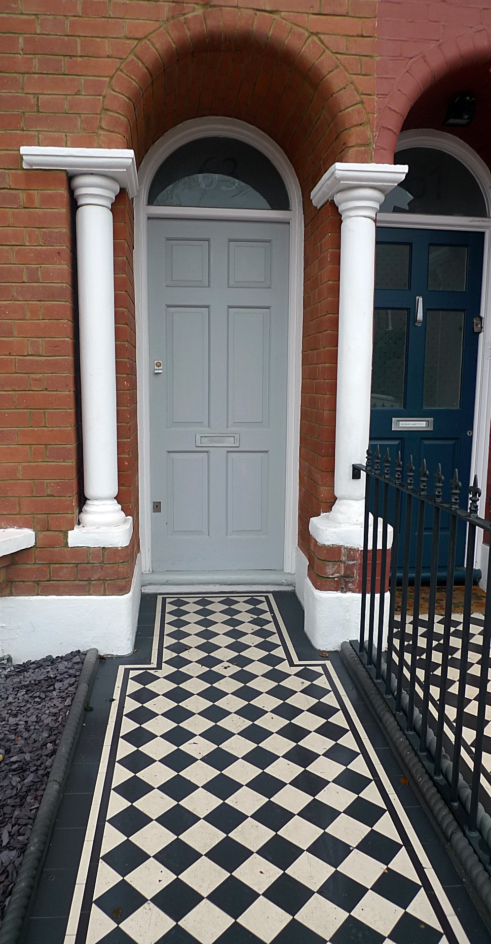 Ornamental stone black and white Victorian mosaic metal rail metal gate York stone entrance stone charcoal rope edge tiles Balham Streatham Clapham West Norwood Battersea London