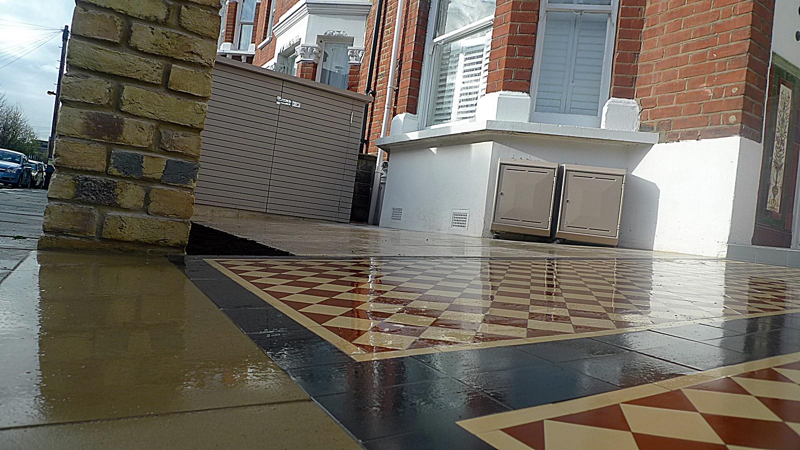 Ornamental stone metal rail cap London Chelsea Kensington Fulham