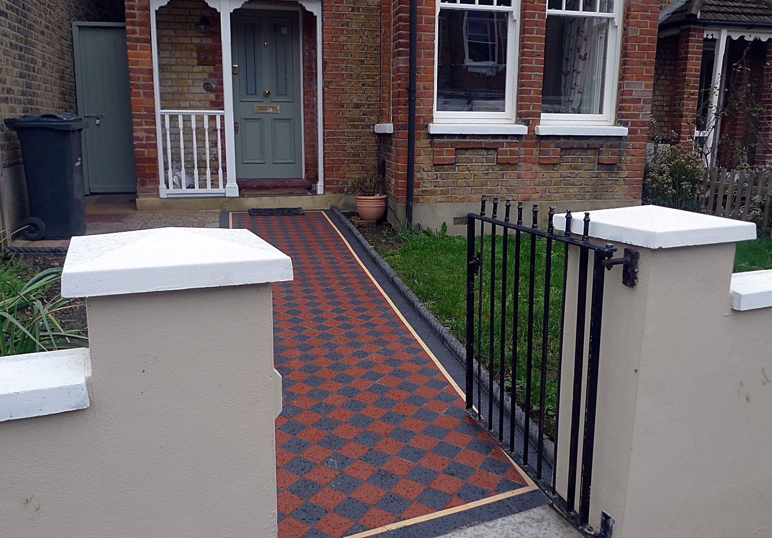 Ornamental stone multi colour mosaic Victorian mosaic metal gate metal rail York stone entrance stone charcoal rope edge tiles render garden wall Streatham Balham West Norwood Clapham London