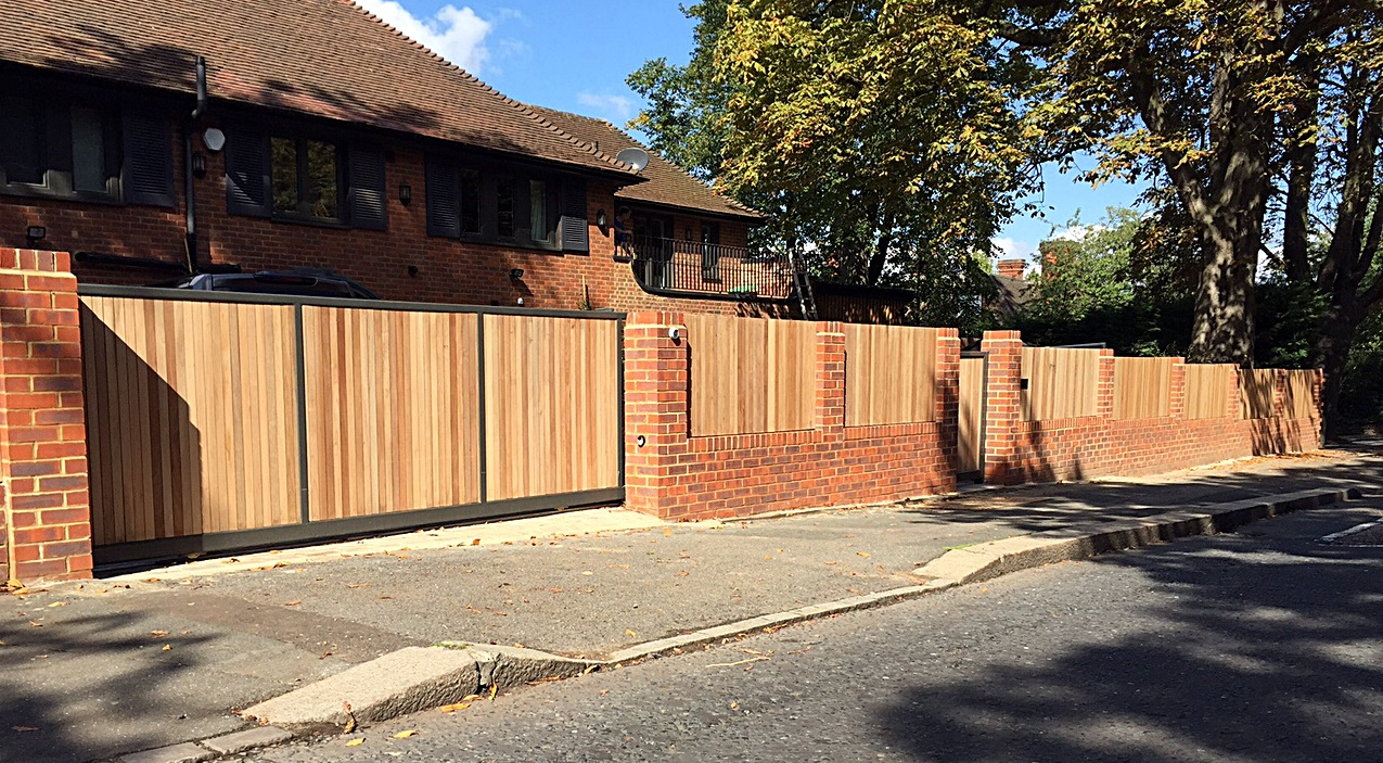 Painting fence Balham Clapham hardwood London Wandsworth