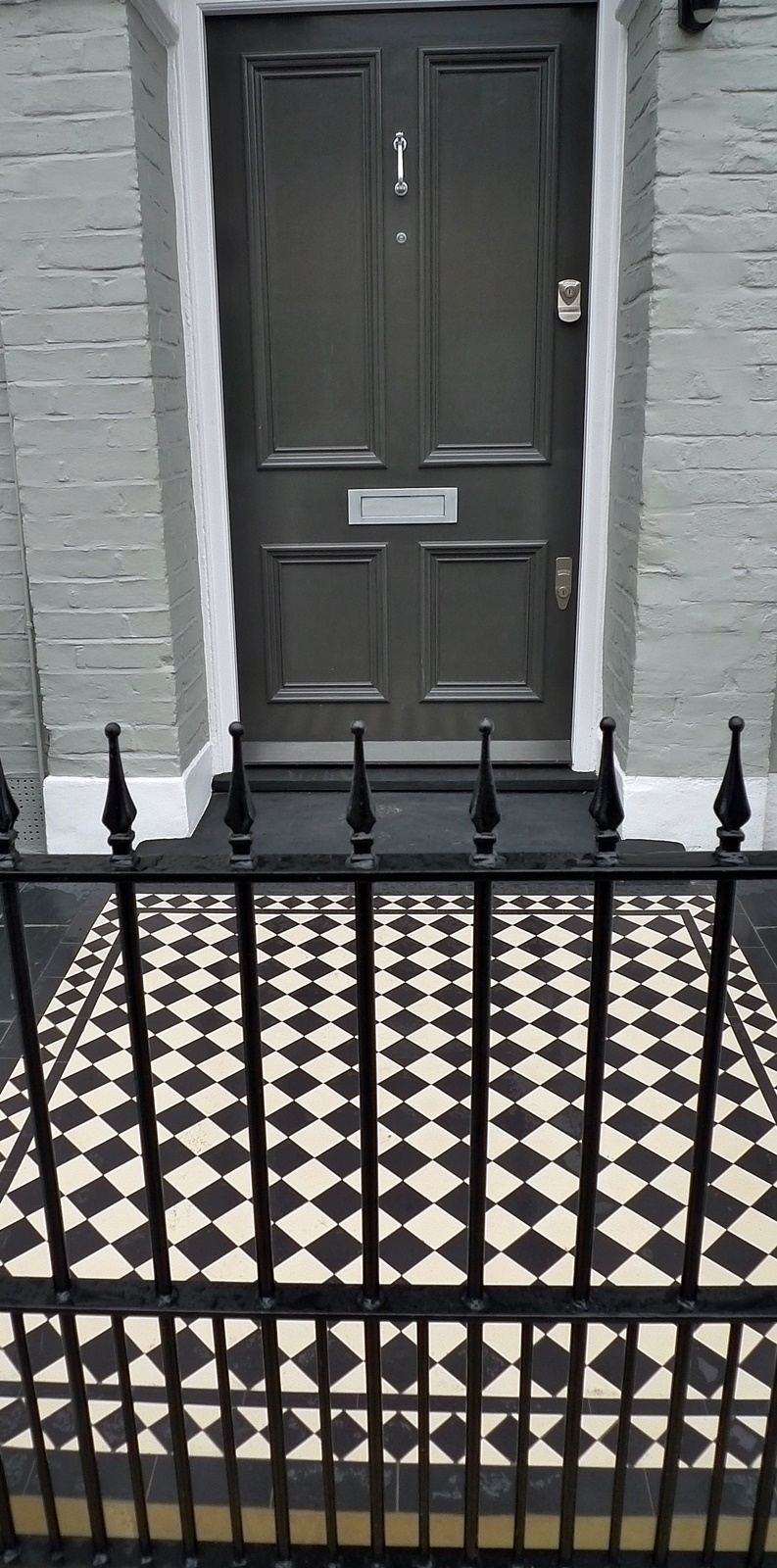 Wrought iron metal rail gate Chelsea Fulham Putney London