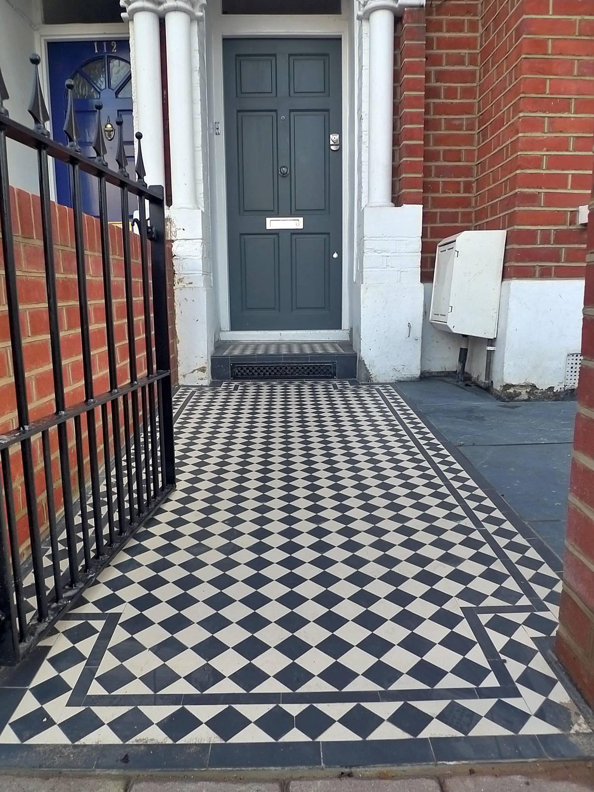 Front Victorian black white mosaic path grey tile bespoke formal privacy London Earsfield Wandsworth Balham Dulwich Chelsea