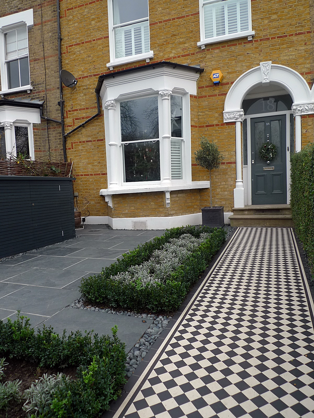 black and white victorian mosaic tile path knot garden topiary design battersea clapham balham brixton dulwich london