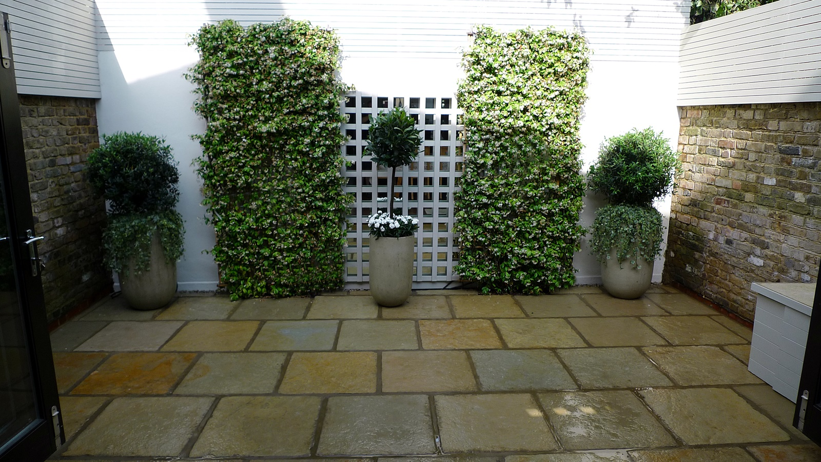 Garden Design Minimalist : Courtyard minimalist contemporary garden design and designer belgravia ...