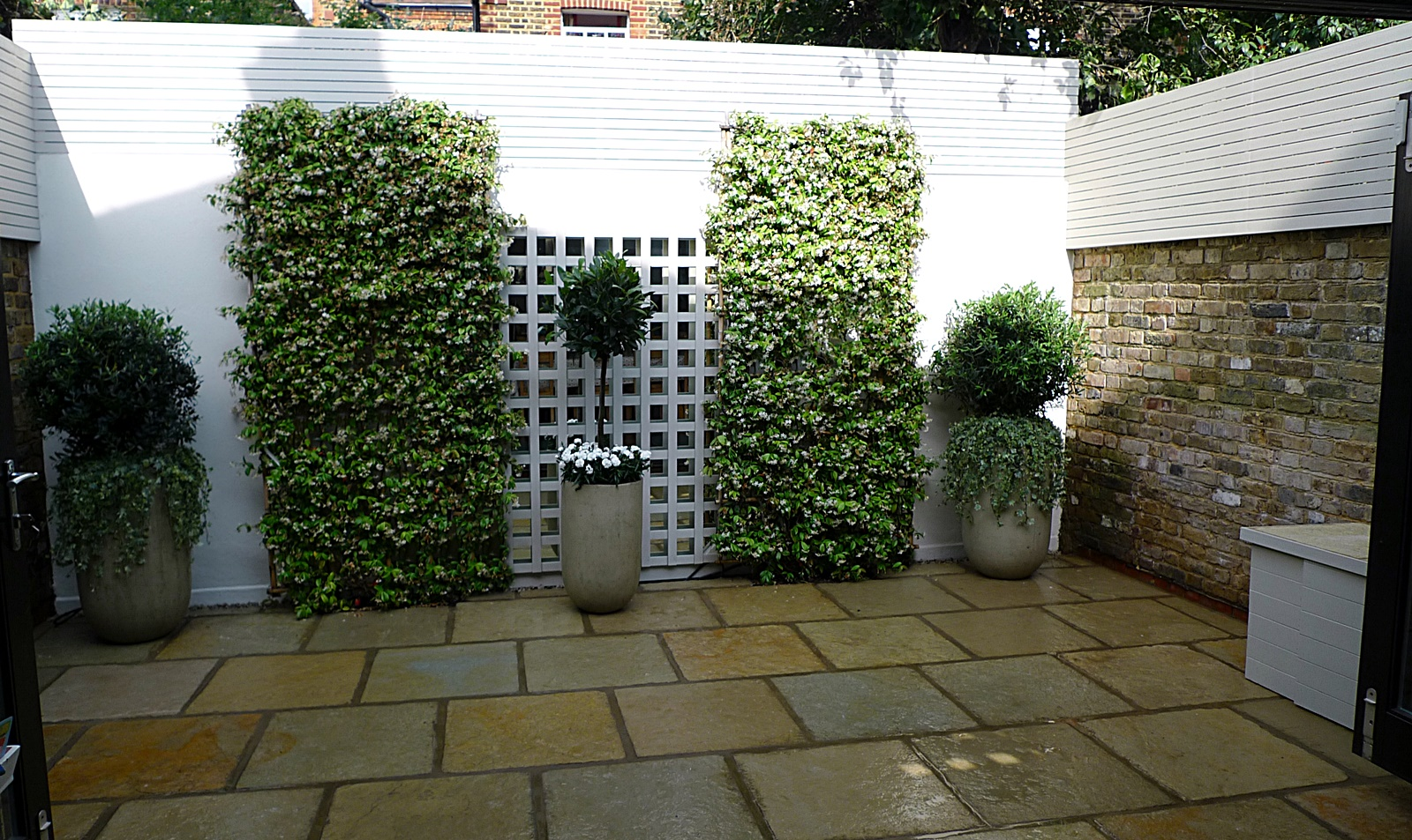 Garden Design Minimalist : Courtyard minimalist contemporary garden design and designer pimlico ...