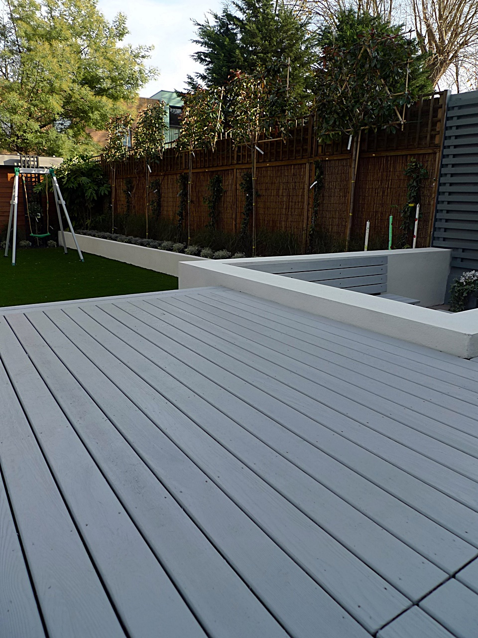 London garden blog page 3 of 38 london garden blog for Low maintenance decking