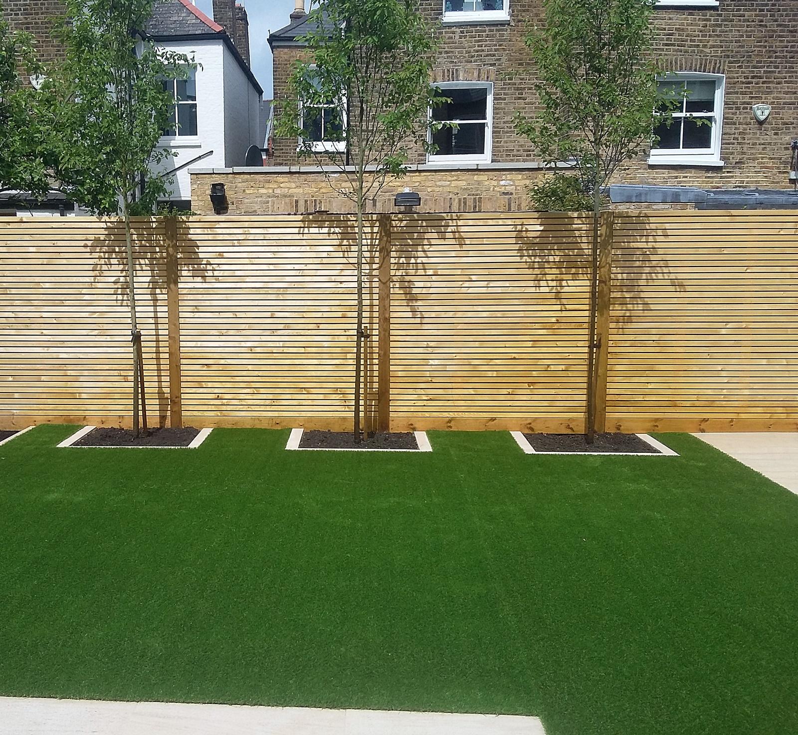 Low maintenance modern garden design screen privacy fence easi grass