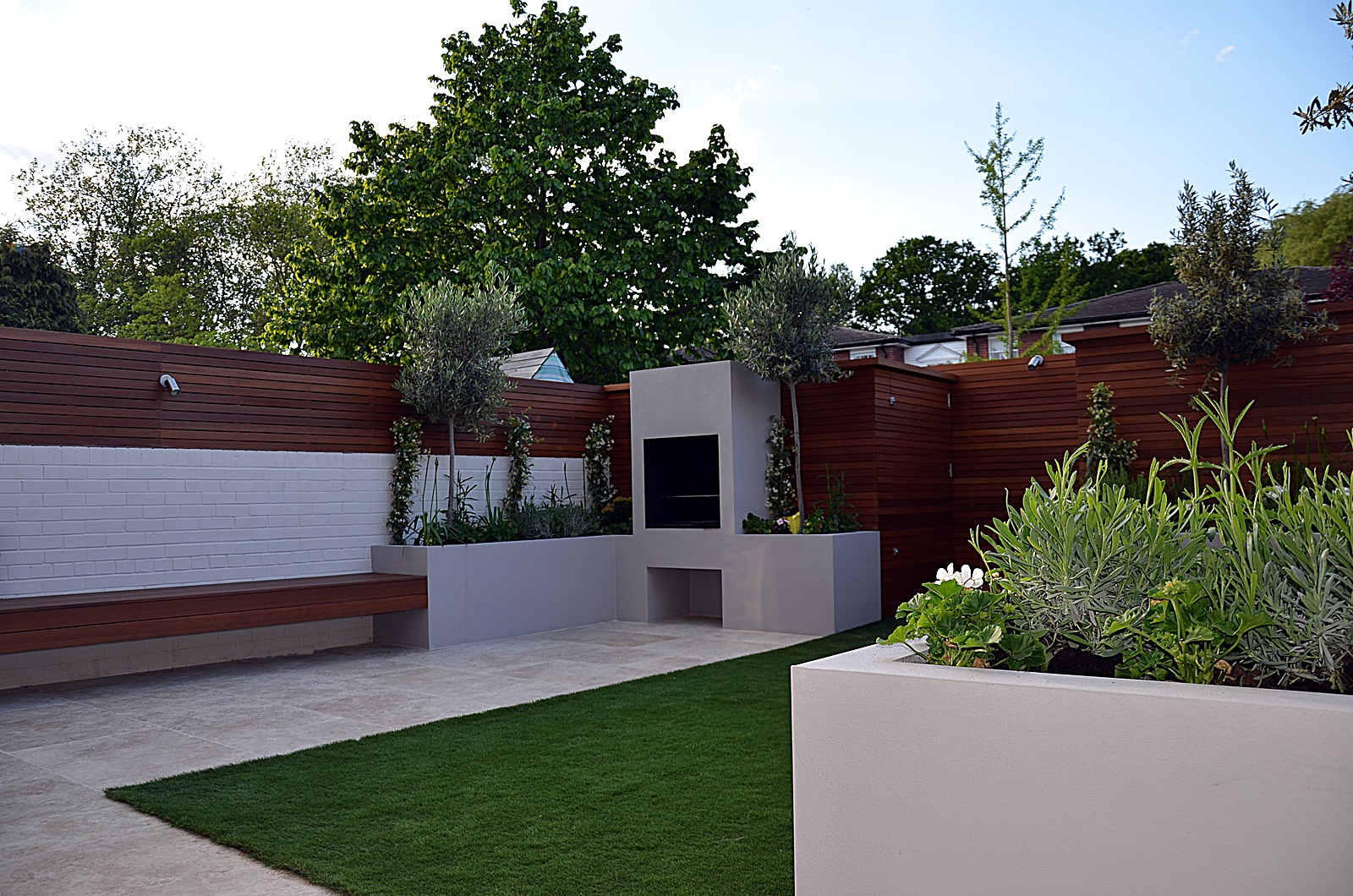 garden designer hardwood screen london