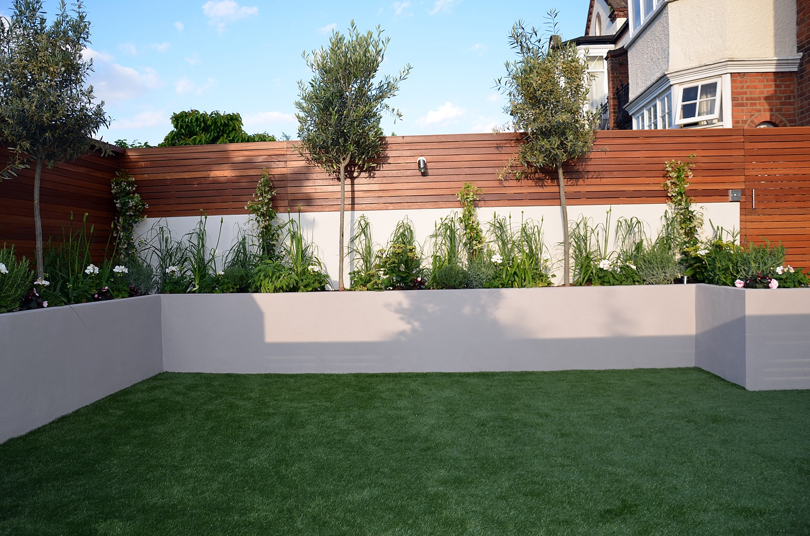 modern garden design designer raynes park wimbeldon