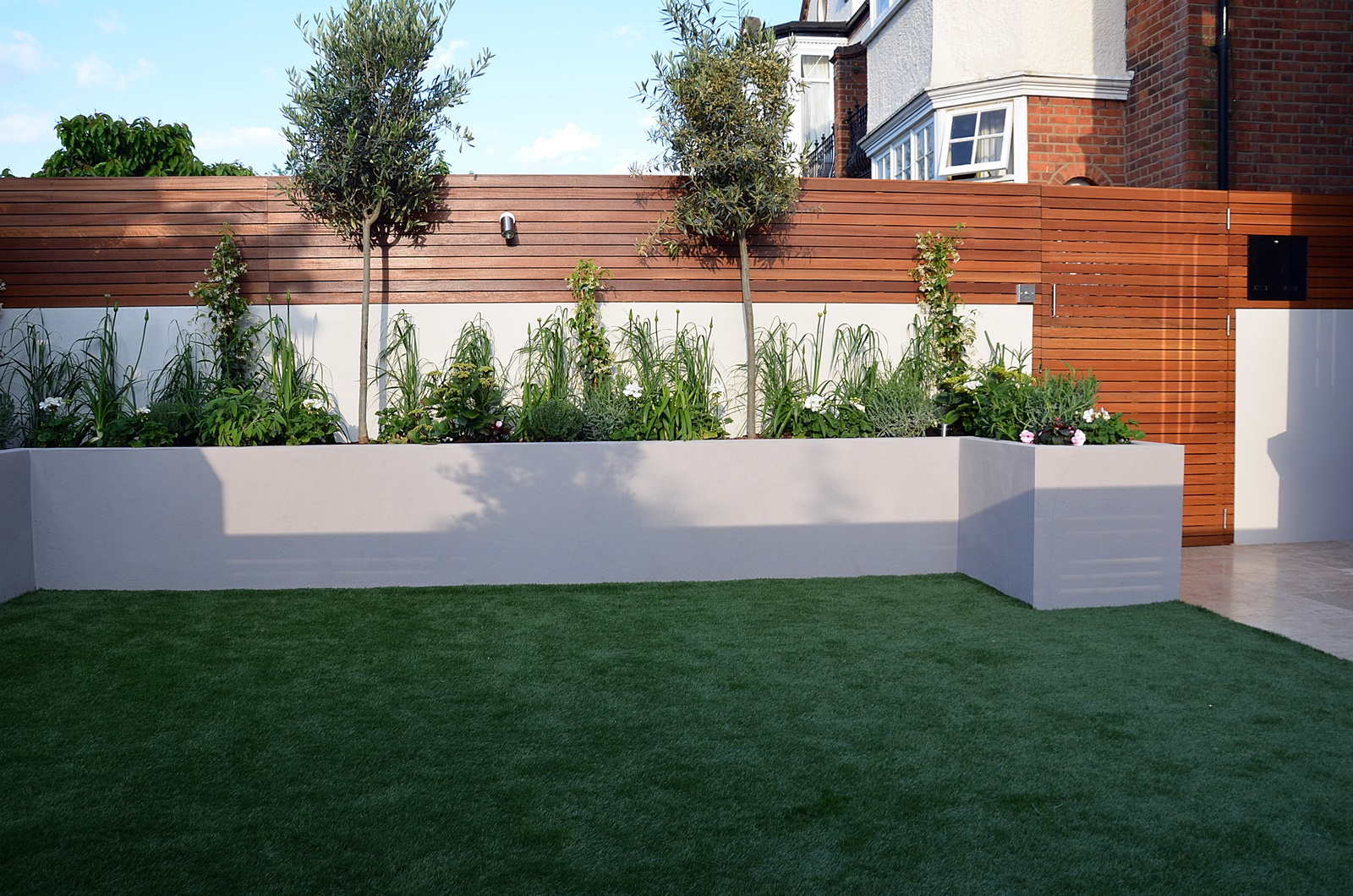 modern garden design designer wimbledon