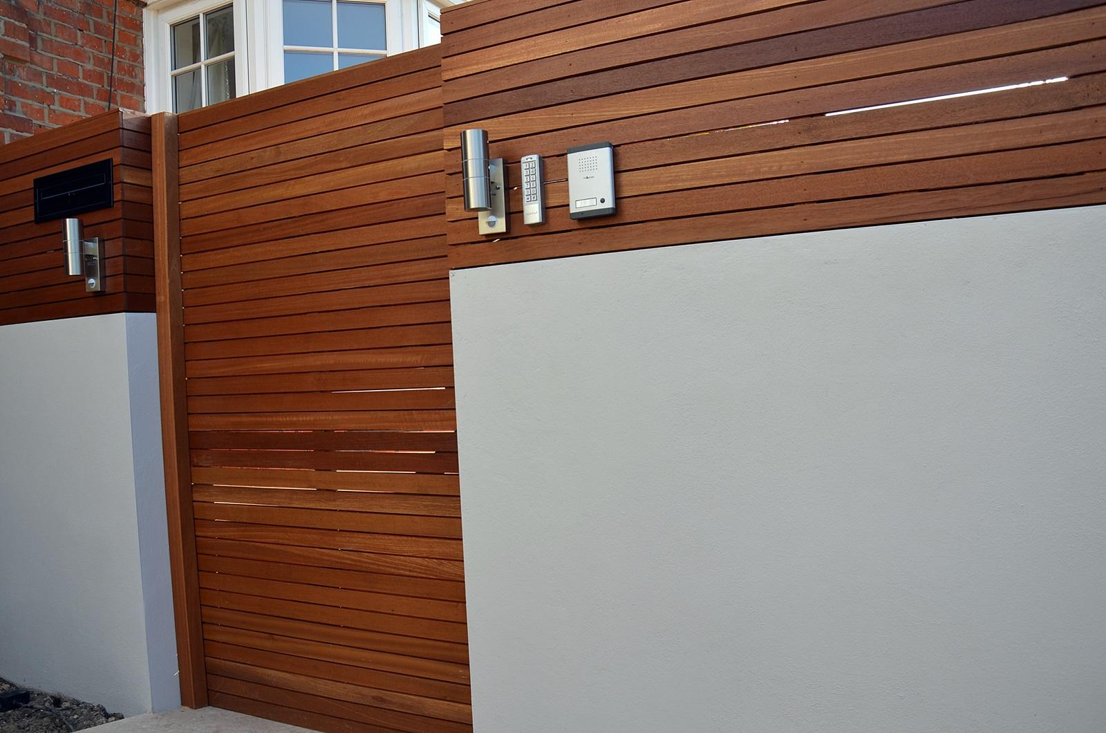 render plaster wall hardwood screen and garden gate london