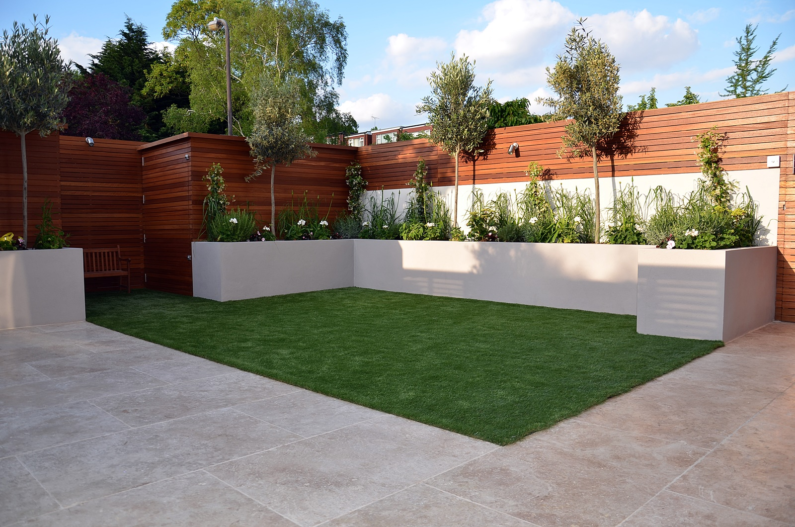 Modern garden design fulham chelsea clapham battersea for Patio designs for small gardens