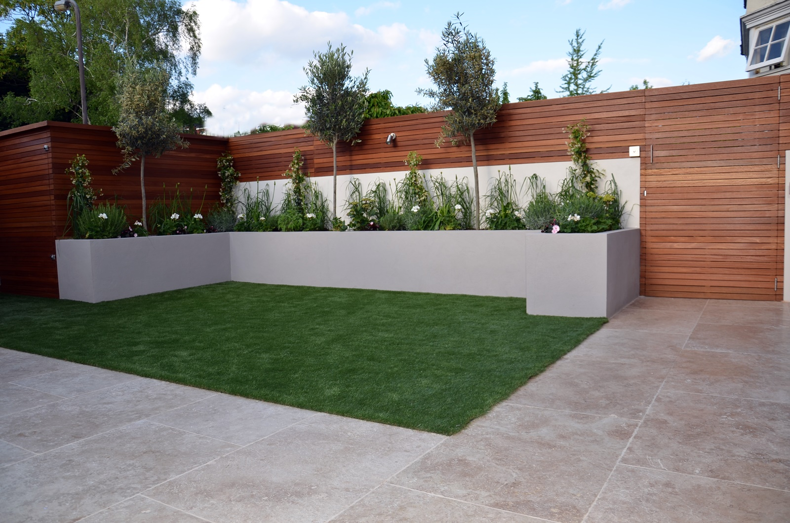 travertine paving patio small garden design putney fulham wandsworth london