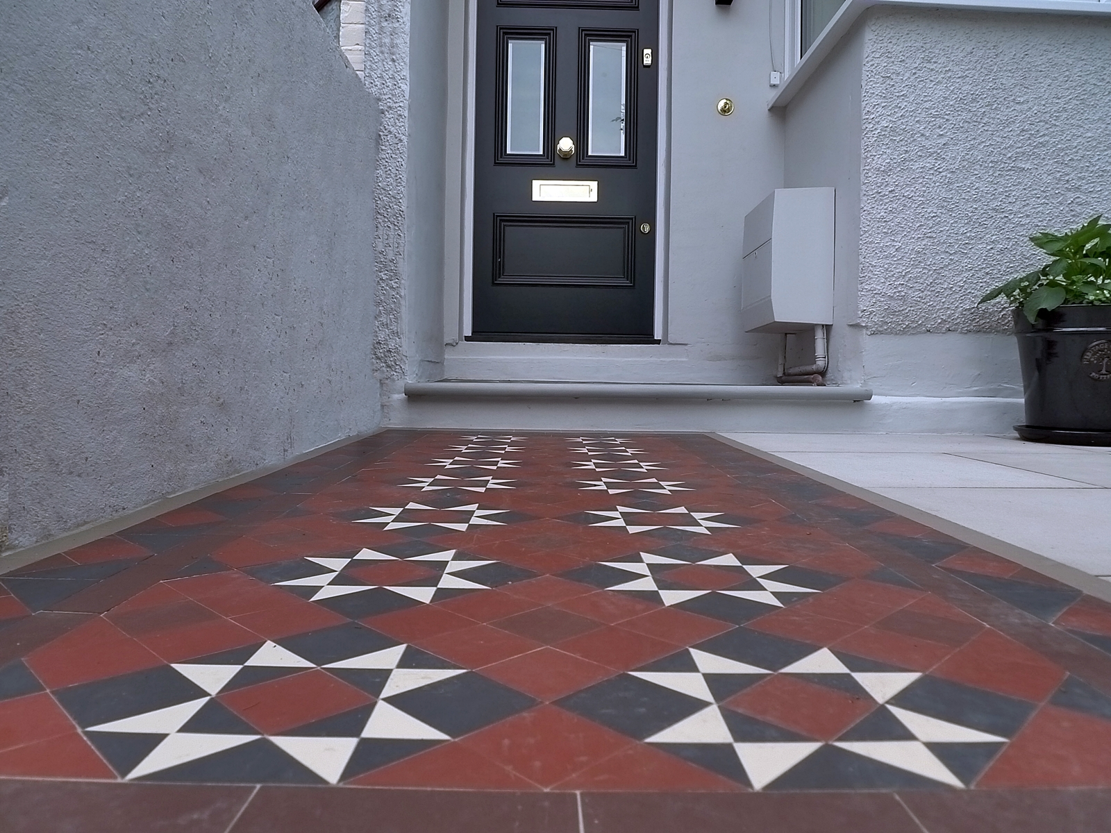 victorian edwardian mosaic tile path red black and white wandsworth earlsfield southfields wimbledon putney london