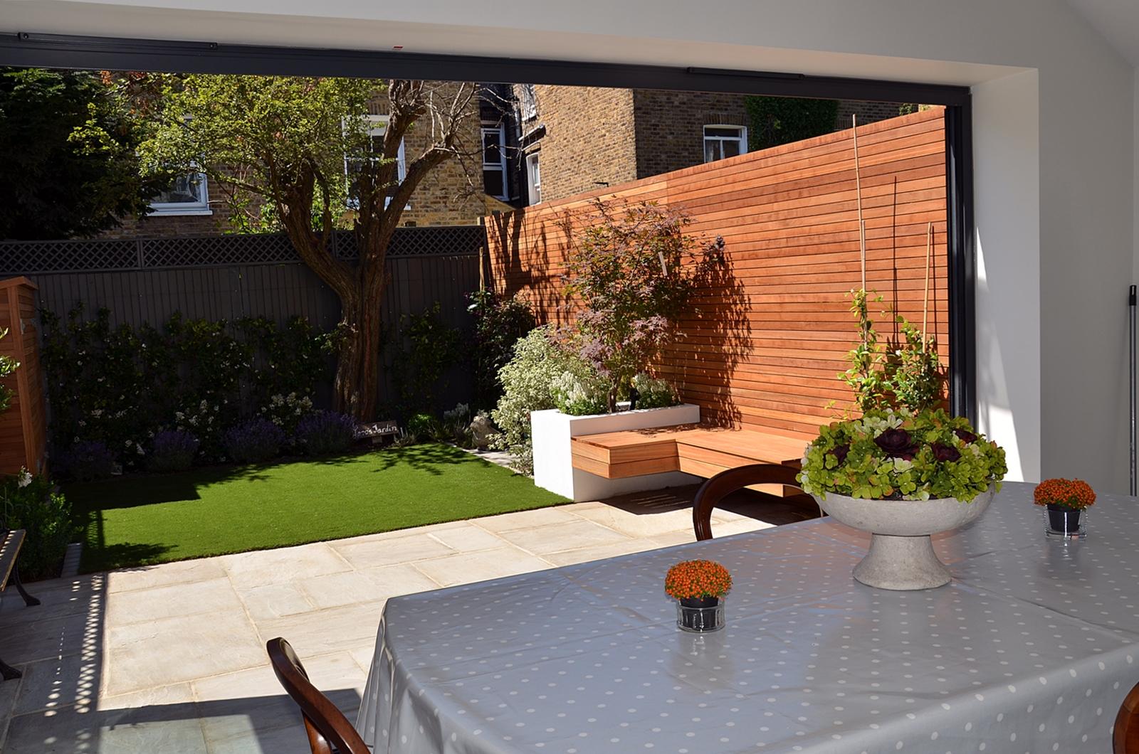 garden designer london small courtyard garden clapham battersea balham streatham